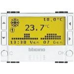 Электронный программируемый термостат LivingLight с датчиком теплого пола, на 24 часа / 7 суток, 7 программ, дисплей c подсветкой, выходной переключающий контакт 3 А, 3 модуля, Bticino